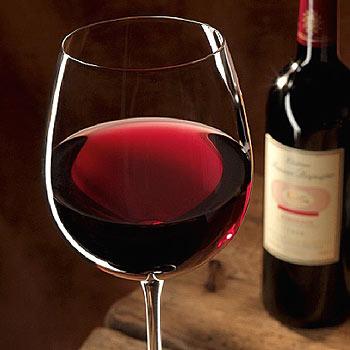 yra raudonas vynas, naudingas širdies sveikatai